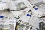 """Senat """"za"""" euro, teraz wszystko w rękach prezydenta"""