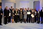 Przyznano Nagrodę im. Macieja Płażyńskiego. Uhonorowani zostali dziennikarze i media służący Polonii