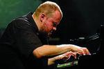 BENEFIS - koncert Macieja Grzybowskiego